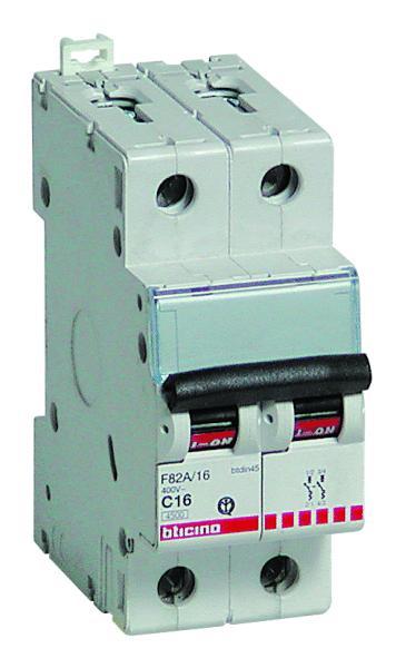 Interruttore magnetotermico 2P 10A 4,5KA BTICINO F820//10